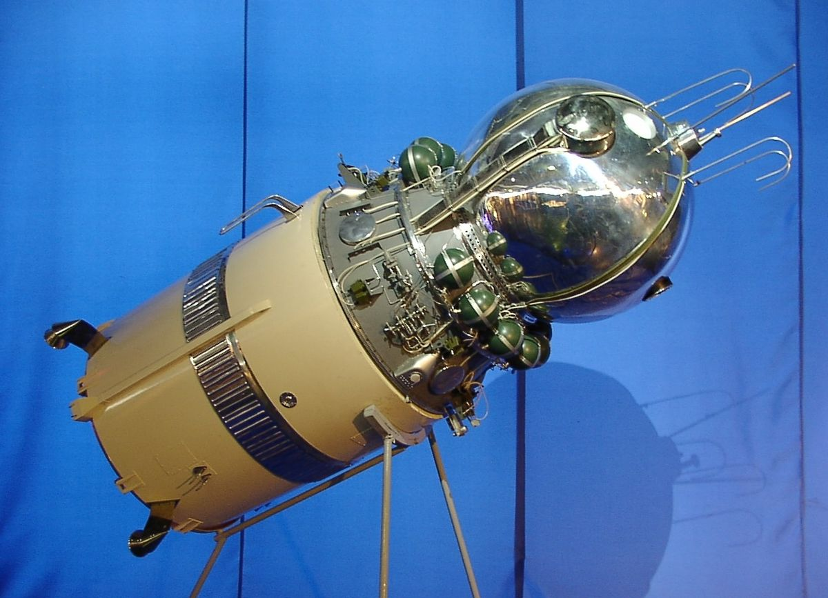 Vostok 2 model