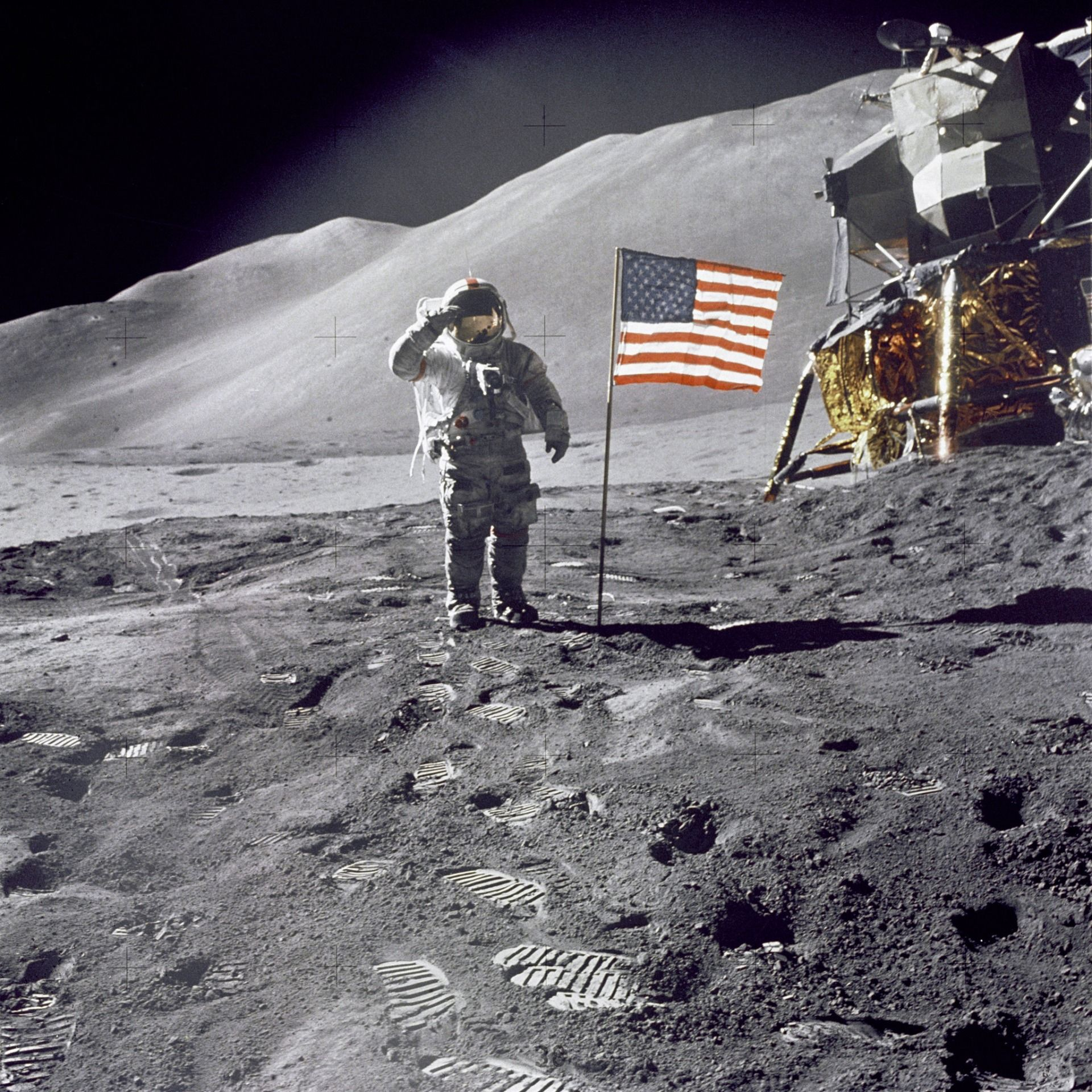 Scott saluting on the lunar surface during Apollo 15